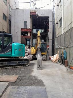Heavy machinery at the building demolition site 2