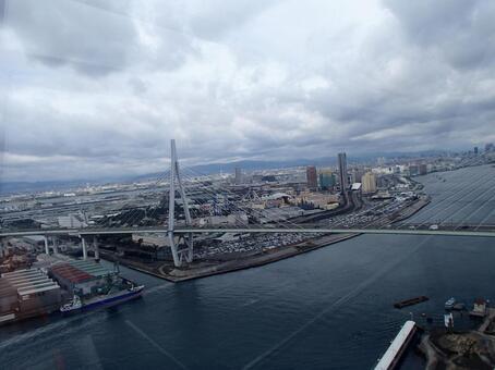 Osaka harbor from Tempozan Ferris wheel