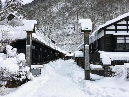 겨울 유두 온천 · 쓰루 노유 (아키타 현 센 보쿠시)