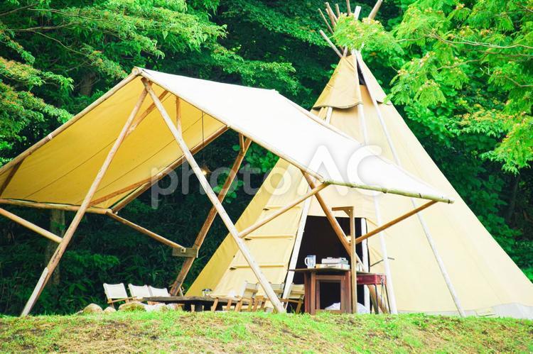 キャンプ ティピーテントの写真
