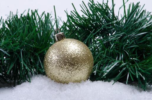 Christmas tree decoration 10