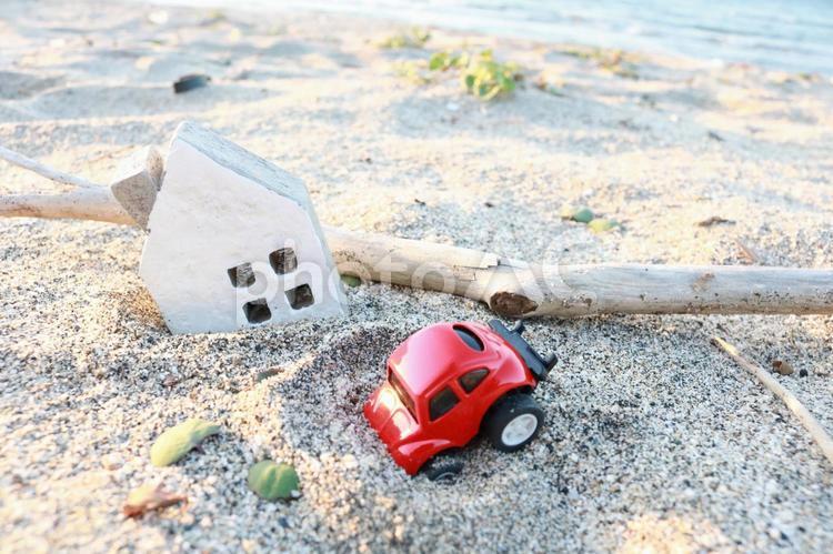 災害後のイメージ 地震 大雨 土砂崩れ 被害 被災 自然災害 津波 台風の写真