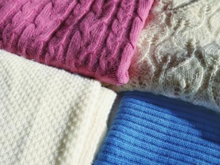 니트의 계절 단장 스웨터