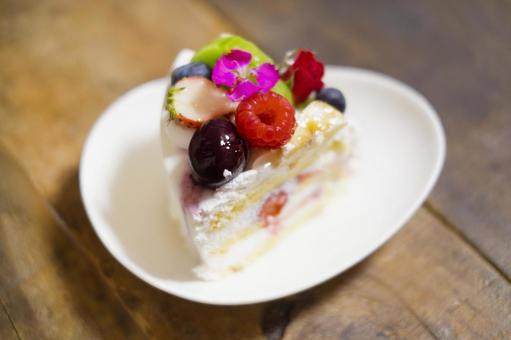 Edible flower shortcake_kiwi