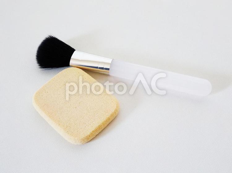 化粧・スポンジとメイクブラシ5の写真