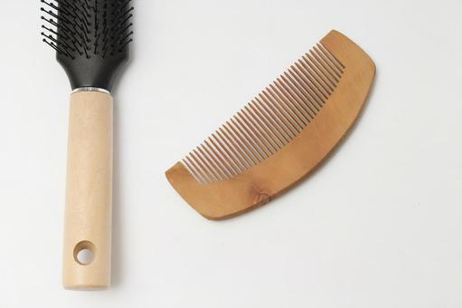 Comb and brush 3