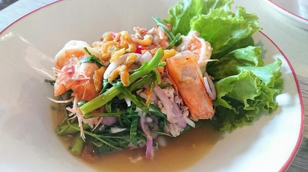 泰國菜蝦和菠菜山藥