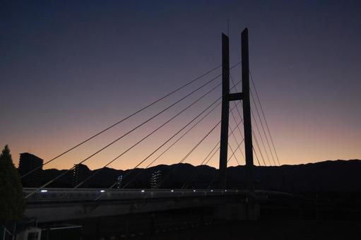 循環橋黎明2