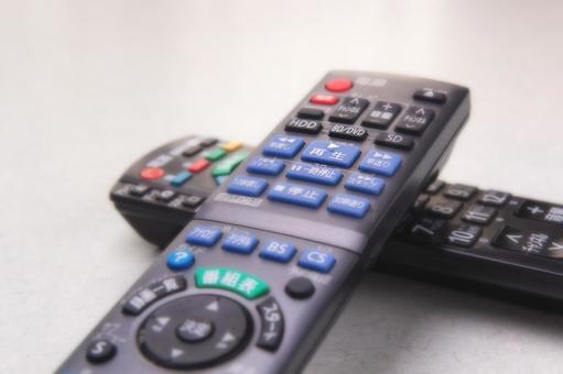 TV와 레코더의 리모콘