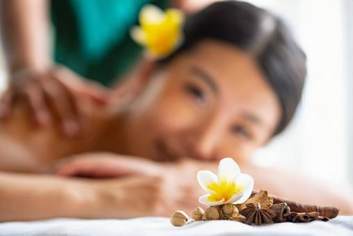 A woman receiving an esthetic treatment
