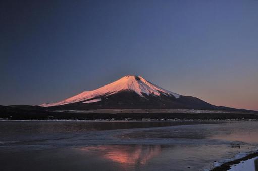 Mt. Fuji and upside-down Fuji dyed in the morning sun