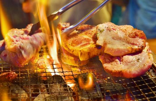 Grilled meat with charcoal fire