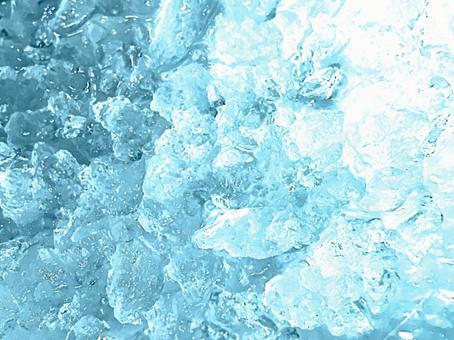 冷冰的形象