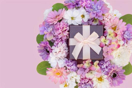 Flowers and gifts 3