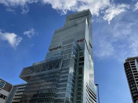 일본 제일의 초고층 빌딩 아베노바시 터미널 빌딩
