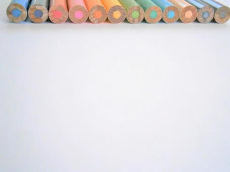 늘어 놓은 색연필 엉덩이