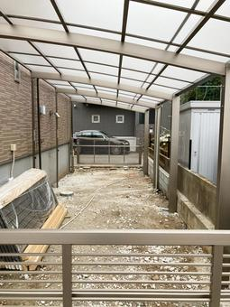 Carport installation work for a newly built detached house