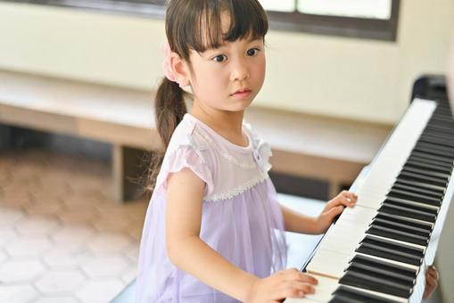 Girl playing the piano Summer 4