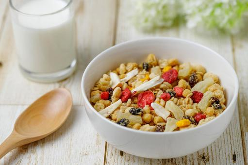Breakfast _ Granola