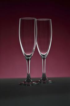 玻璃照片香槟红紫色背景