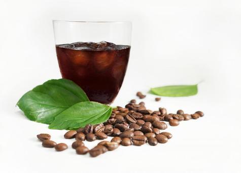 커피 맛있는 아이스 커피