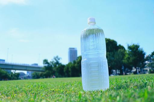 PET瓶水熱中暑的對策