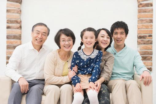 Good friend Three generations family (sofa) 7
