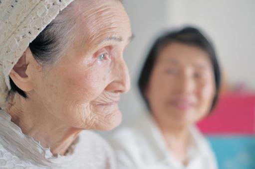 Old Old Care Nursing Mother 7