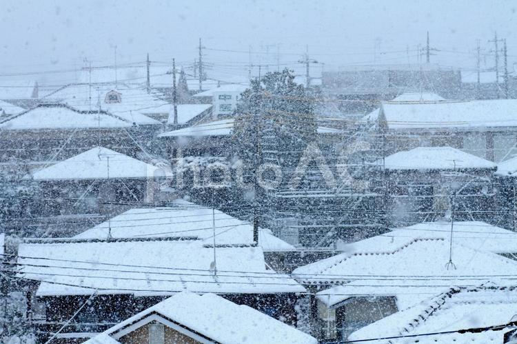 雪 住宅地の写真