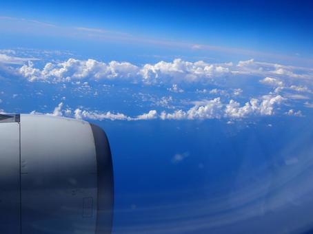 기내에서 본 하늘