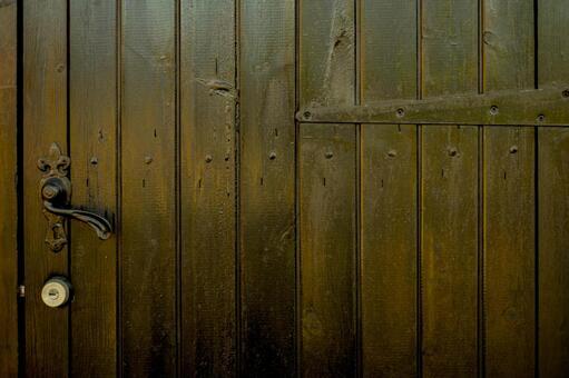 Wooden door_antique