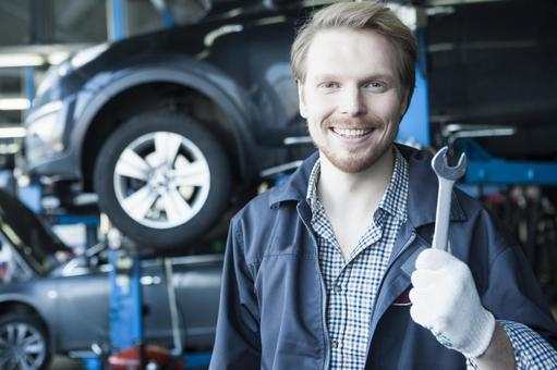 Automobile mechanic with spanner 6