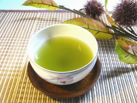Japanese tea 2 chestnuts