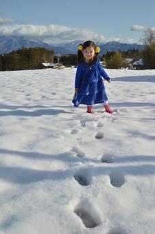 Snow and children