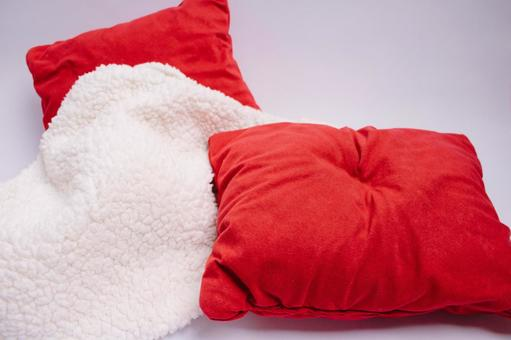 Red cushion and blanket 6