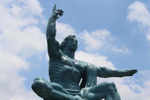 長崎縣長崎市和平紀念雕像018