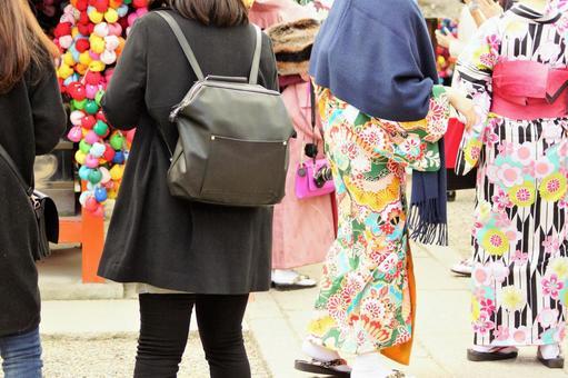 Kimono around Kodaiji Temple