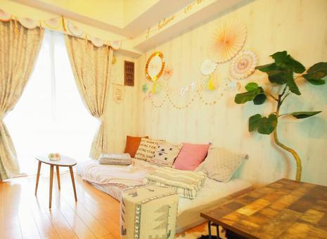 可愛的咖啡廳風格的室內(女孩,兒童房)客廳