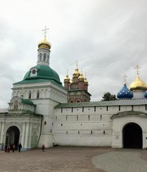 세르 기 예프 포 사드, 러시아.