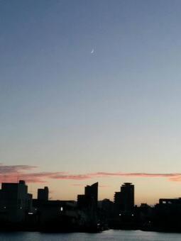 新月形月亮
