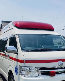 Ambulance (4)