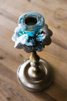 유용 된 촛대
