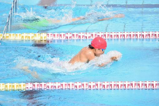 Breaststroke fastest player in red cap