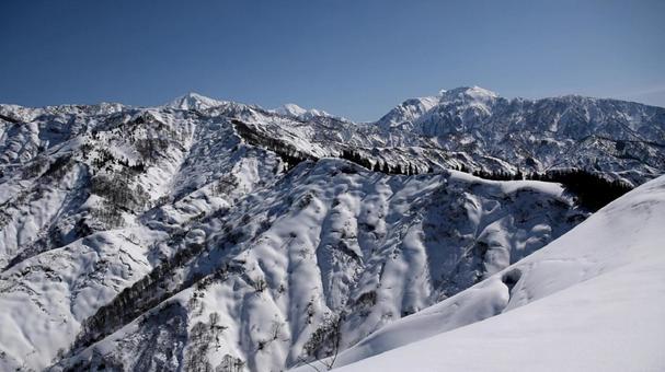 冬の越後三山