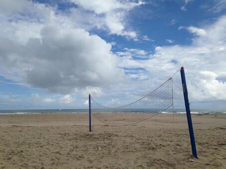 在Onjuku海岸的沙滩排球