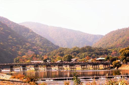 Autumn leaves production Togetsubashi