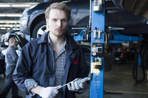 Automobile mechanic with spanner 1