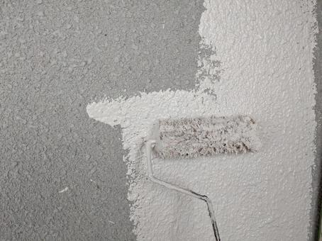 Roller outer wall painting