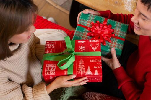 크리스마스 커플 선물 11