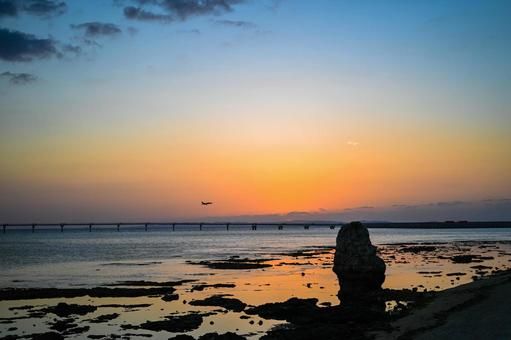 Senagajima Sunset and airplane